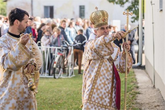 V Dvoriankach vladyka Milan Chautur posvätil košické eparchiálne centrum pre mládež