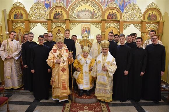Bohoslovci druhého ročníka dostali kňazské rúcho