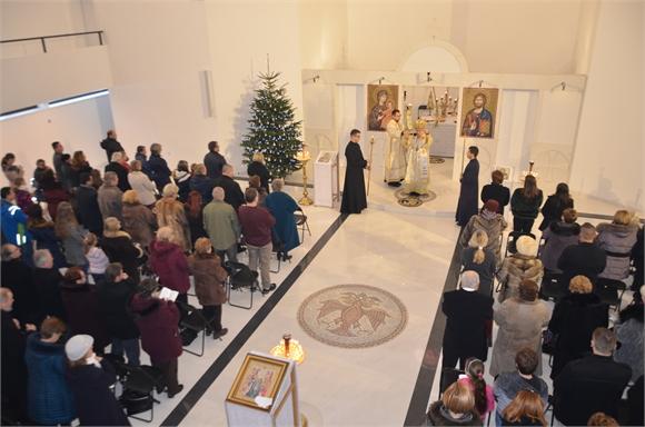 V novom roku vladyka Milan Chautur navštívil farnosť Košice-Nad jazerom