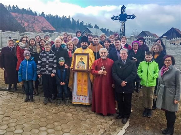 Vladyka Milan navštívil veriacich farnosti Poráč