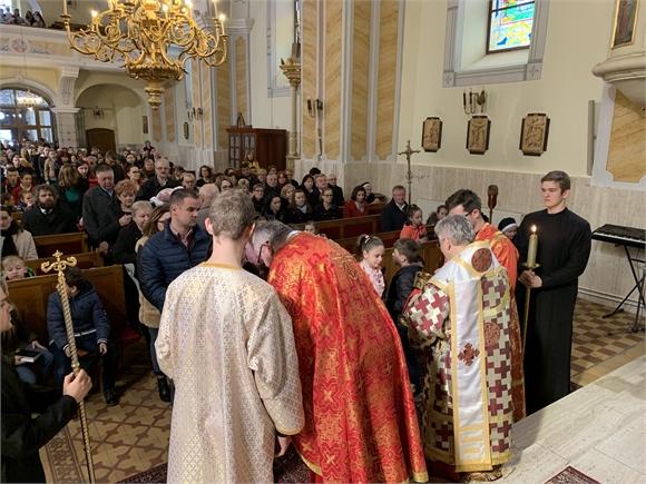 Vladyka Milan Chautur navštívil farnosť Trebišov